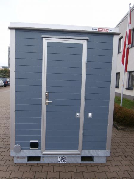 Container 27 - toilet