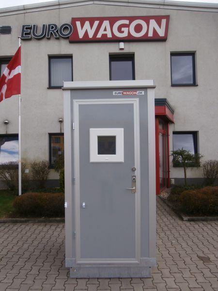 Mobilní buňka 29 - toaleta, Mobilní přívěsy, Reference, 3681.jpg